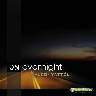 Overnight Alkonyattól