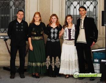 Kovács Nóri és a Motiva zenekar