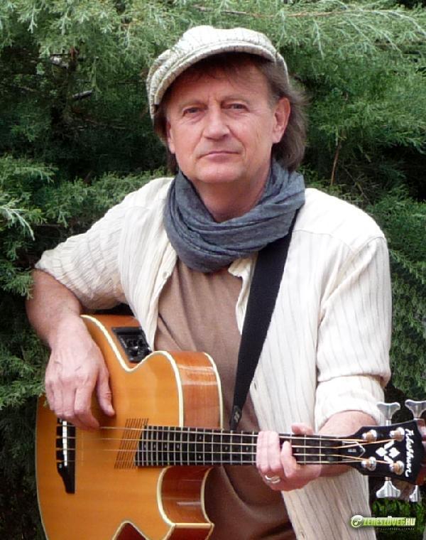 Schumeth István (Bergengóc Zenegóc együttes)
