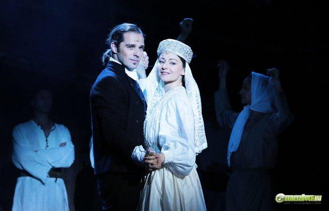 Menyasszonytánc (musical)