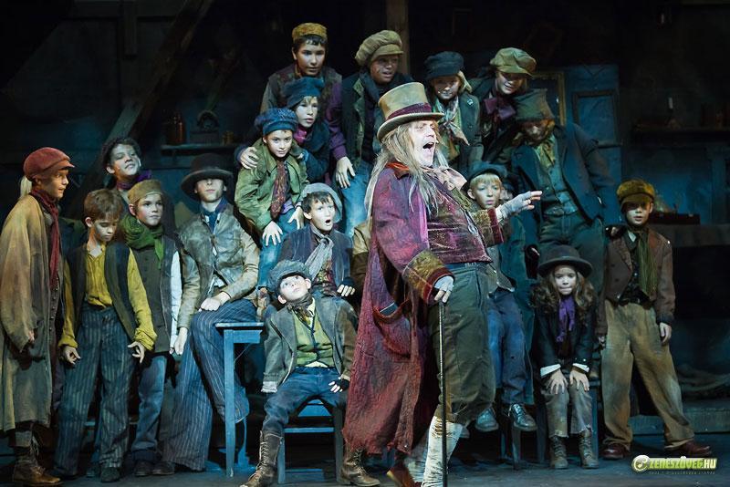 Oliver!(musical)